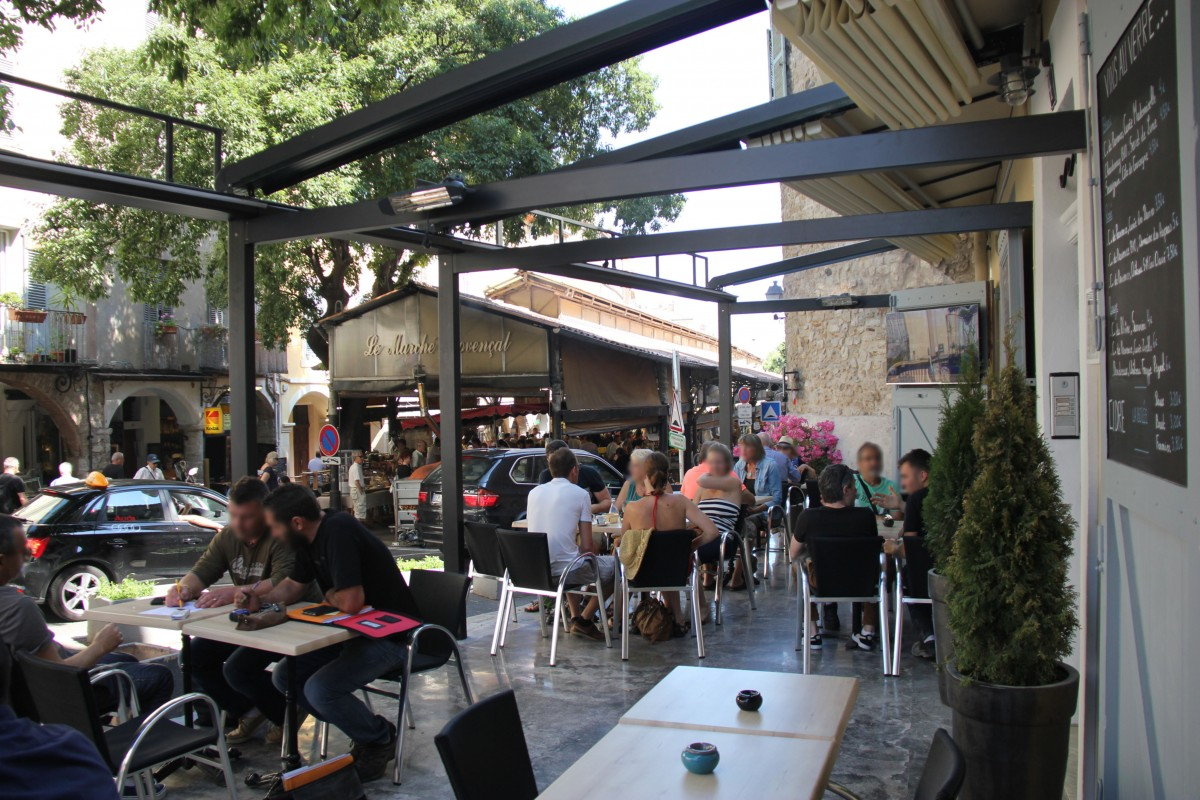 Renovation of a restaurant vieil antibes bernard for Restaurant antibes