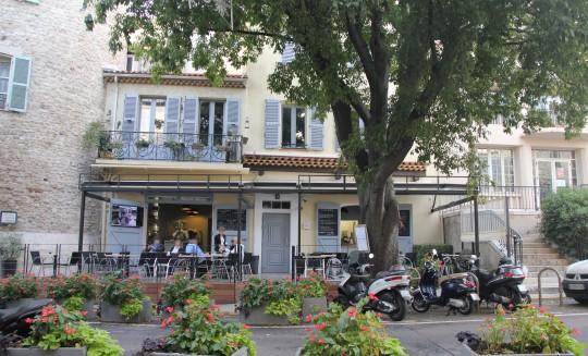 fauroux-architecte-valbonne-paca-antibes-nice-renovation-restaurant2